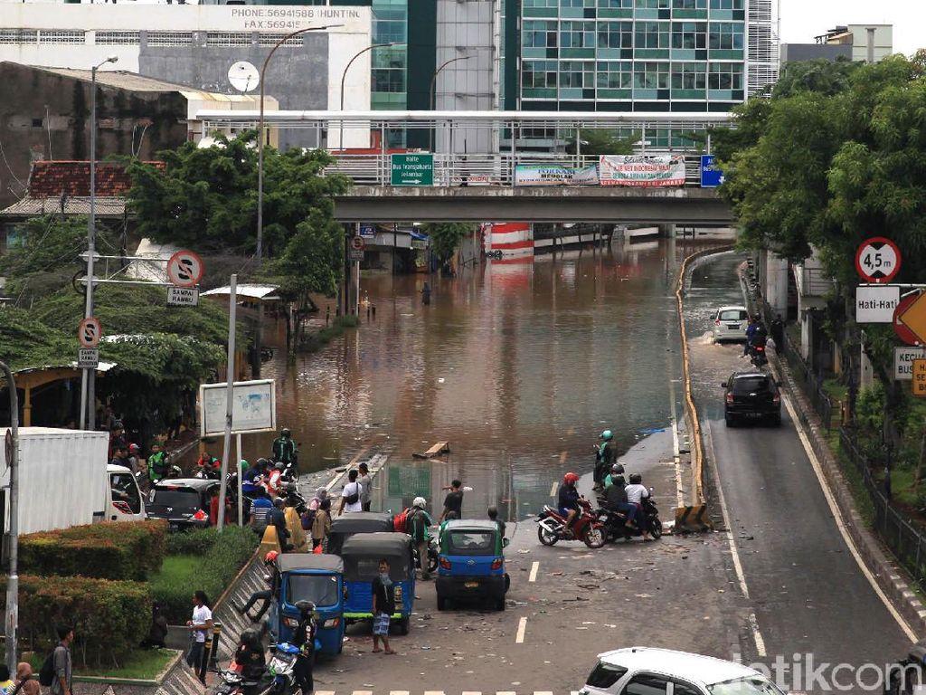 Ini Alasan Warga Korban Banjir Hanya Gugat Anies Baswedan