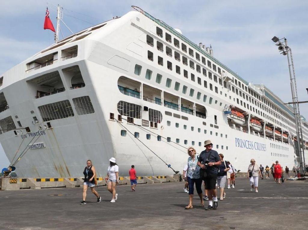 Turunkan 2.103 Wisman, MV. Sun Princess Tutup Kunjungan Cruise 2019