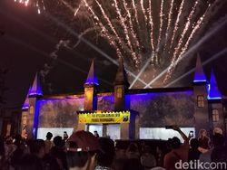 Spot Selfie Keren Malam Tahun Baru Mirip Disneyland Ada di Pospam Ini