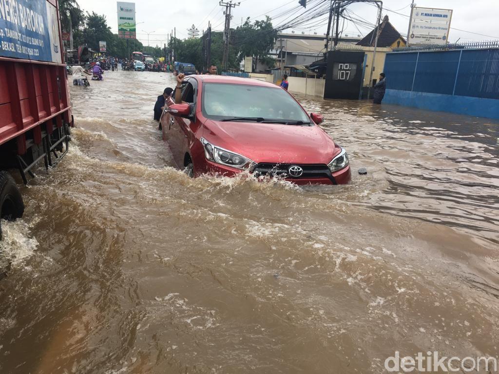Komponen Mobil yang Rentan Rusak Setelah Kebanjiran