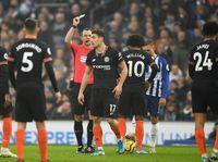 Chelsea Tak Konsisten, Frank Lampard Kecewa