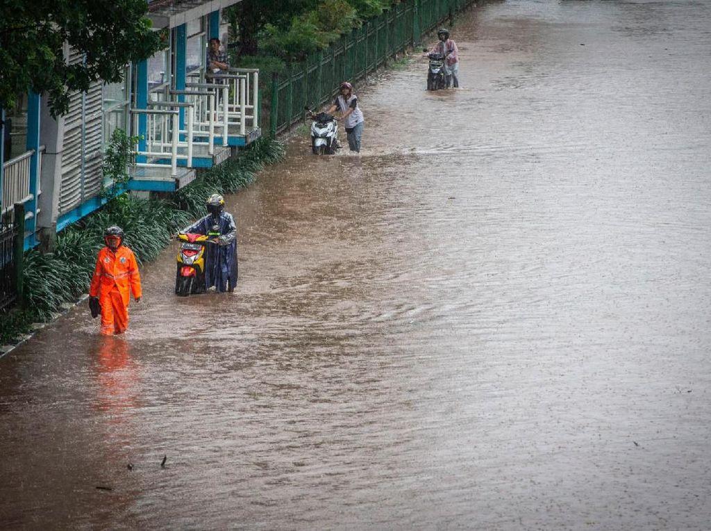 Imbas Banjir, Listrik di Pancoran hingga Daan Mogot Dipadamkan