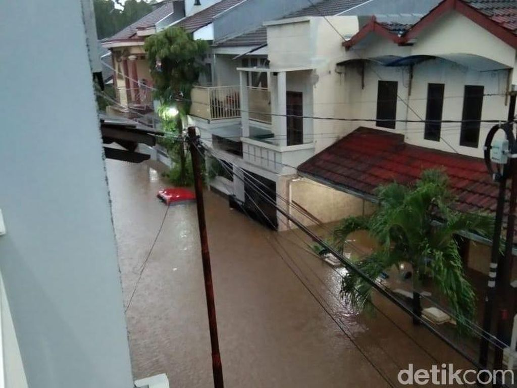 Perumahan Jatibening Permai Ditelan Banjir, Ini Penampakannya