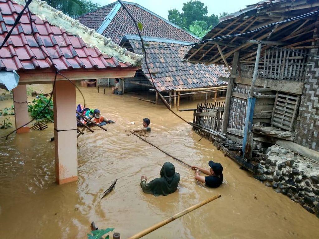 Sungai di Lebak Banten Meluap, 2 Kecamatan di Lebak Dilanda Banjir