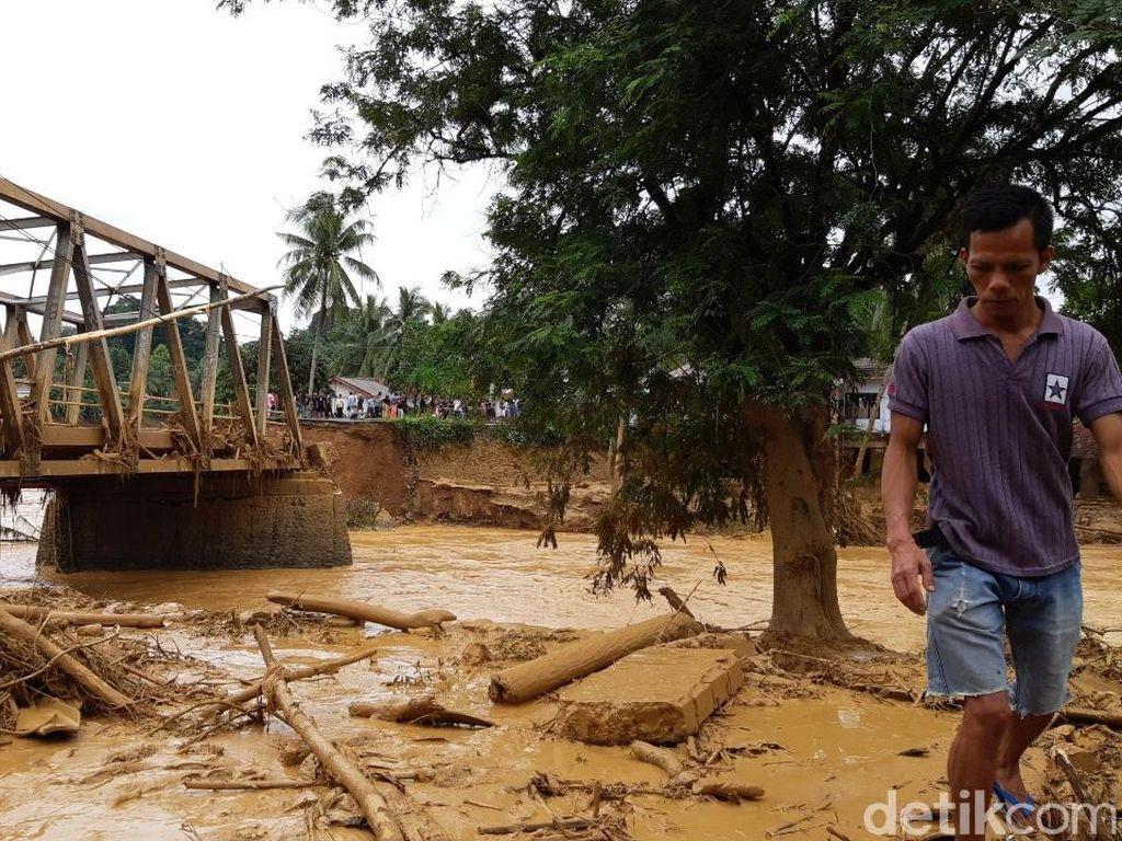 7 Jembatan di Lebak Putus Diterjang Luapan Sungai Ciberang