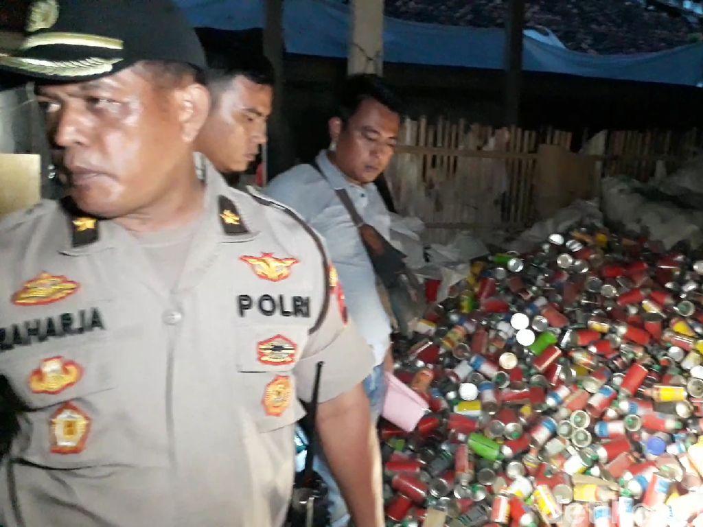 Polisi Gerebek Jaringan Pembuat Pestisida Palsu di Brebes