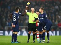 Harry Kane Cedera, Tottenham Ditekuk Southampton 0-1