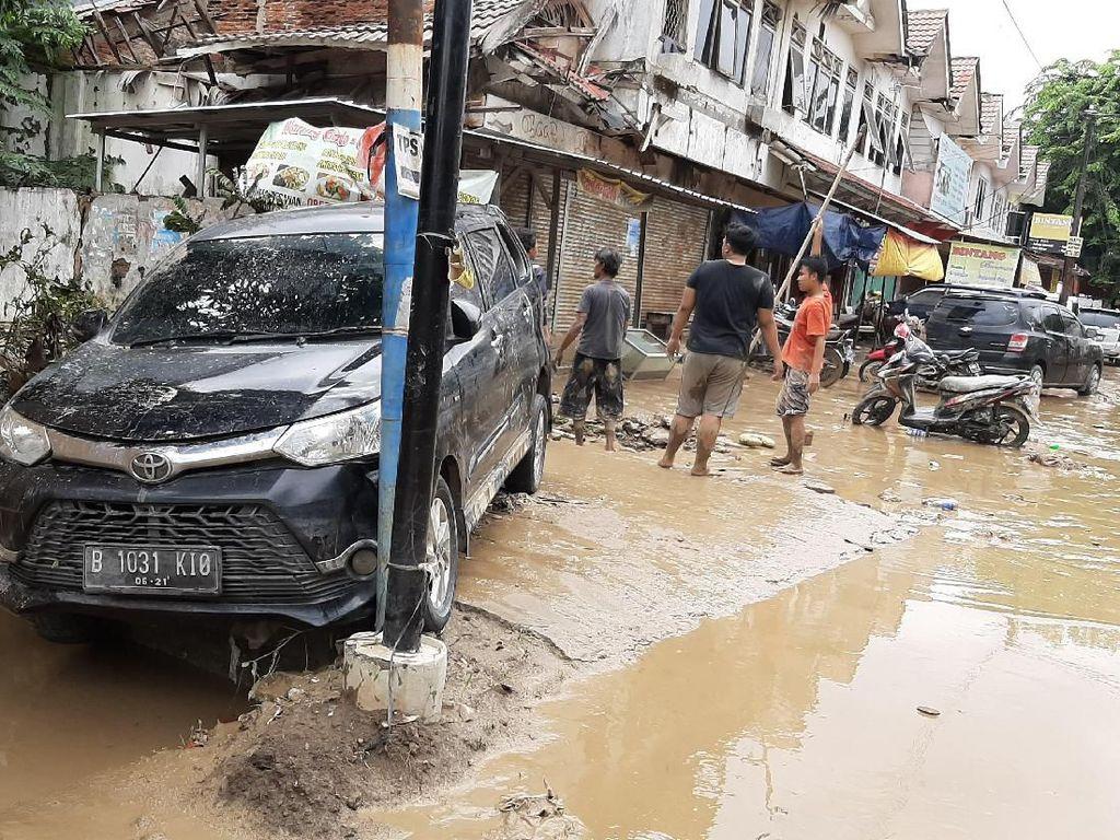 Banjir Sudah Surut Kenapa Listrik Belum Nyala?