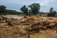Banjir dan longsor di Lebak, Banten membuat ribuan rumah rusak berat di 30 desa yang berada di 6 kecamatan