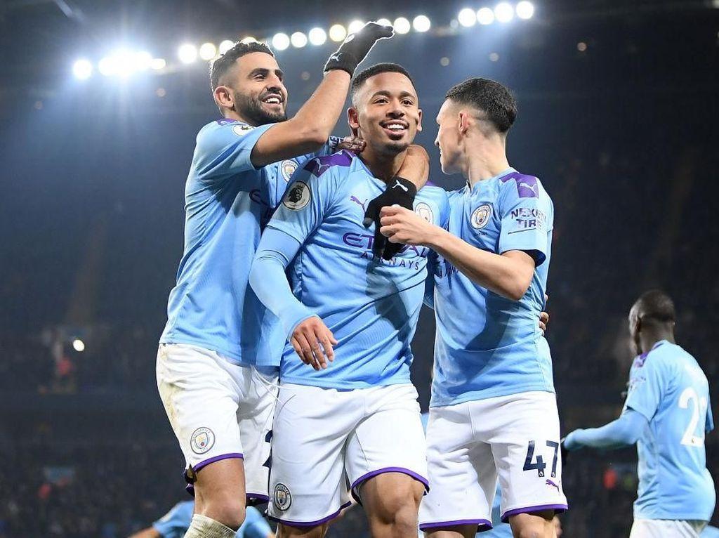 Gabriel Jesus Dua Gol, Man City Taklukkan Everton 2-1