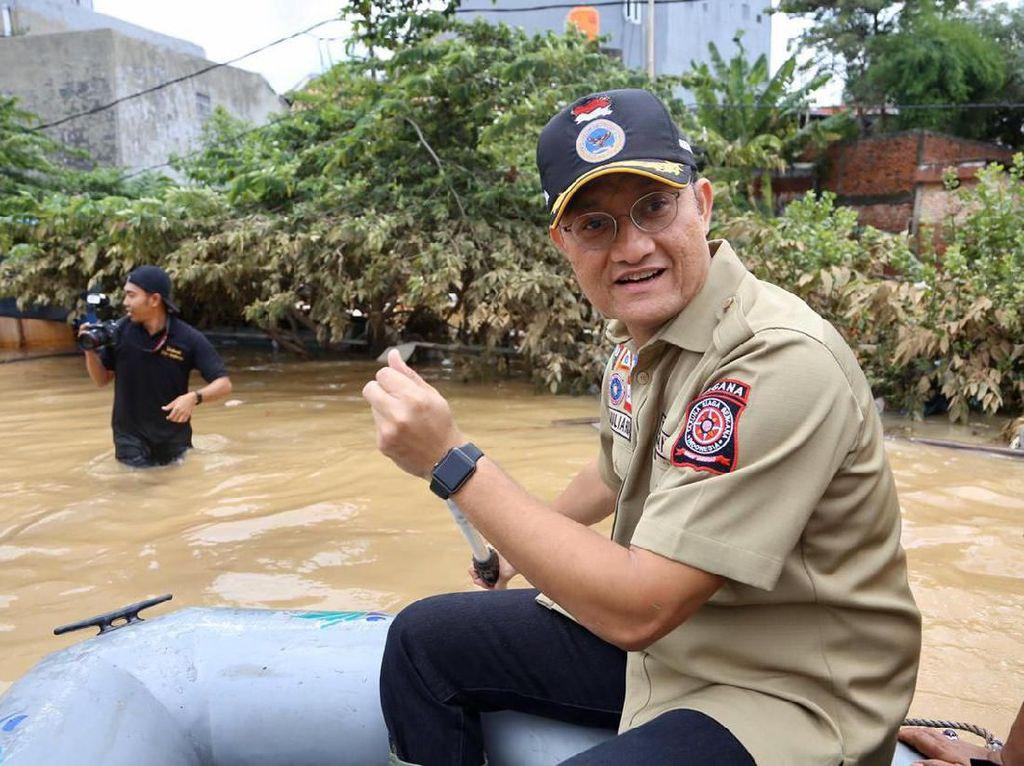 Kunjungi Lokasi Banjir, Mensos: Bantuan Total Rp 4,2 M