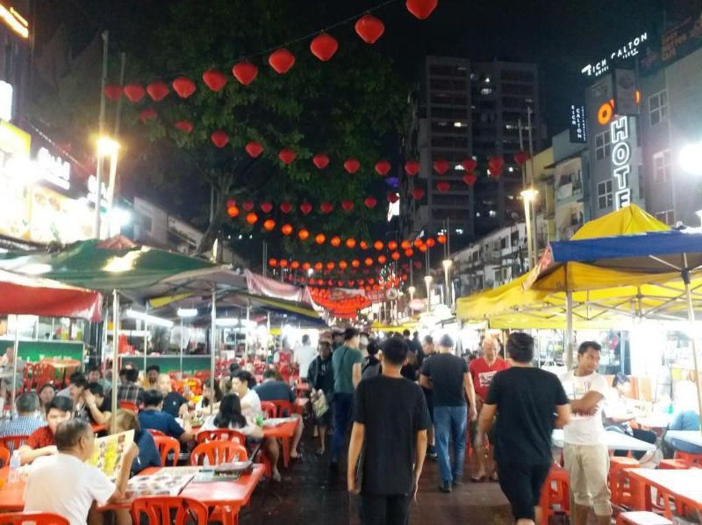 Nyamm.. Enak Juga Jajanan Malam di Bukit Bintang