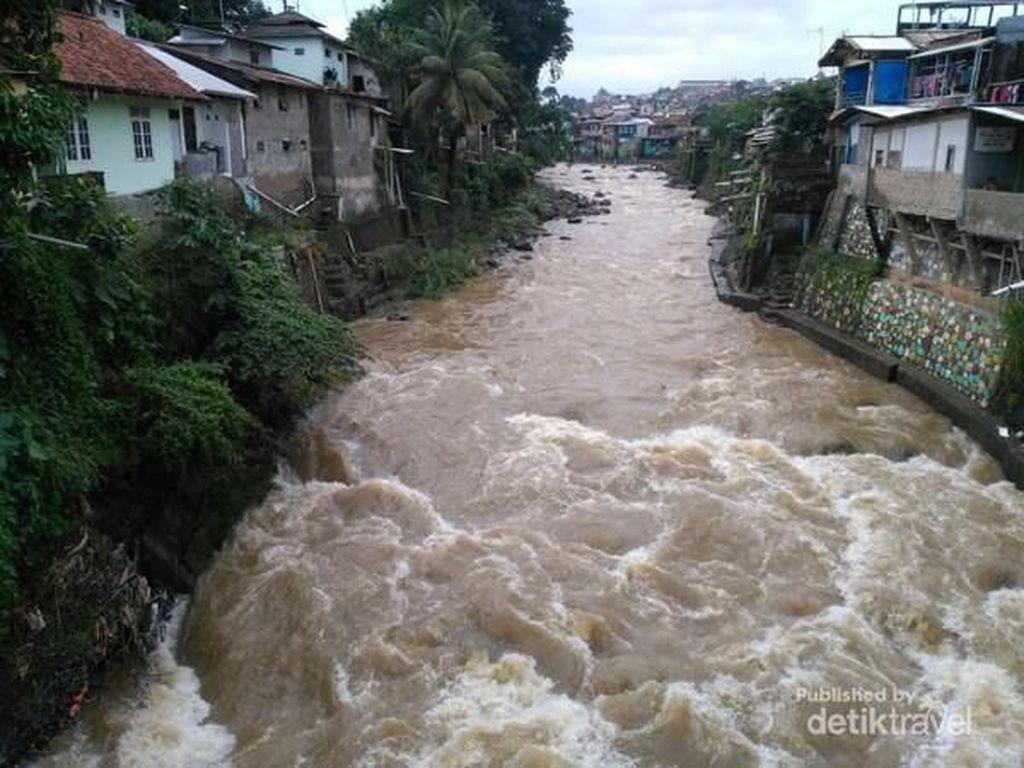 Video 3 Ribu Warga Cigudeg Bogor Terisolir karena Jembatan Putus