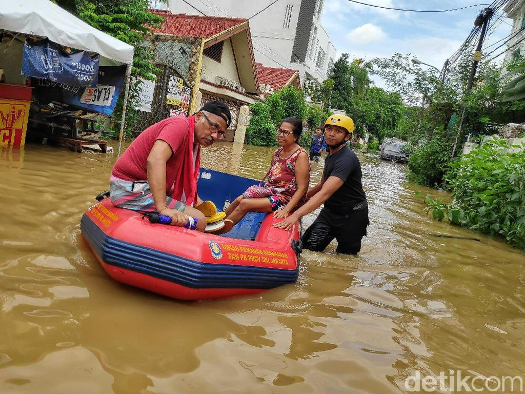 Korban Meninggal Banjir Jakarta-Jabar-Banten Bertambah Jadi 67 Orang