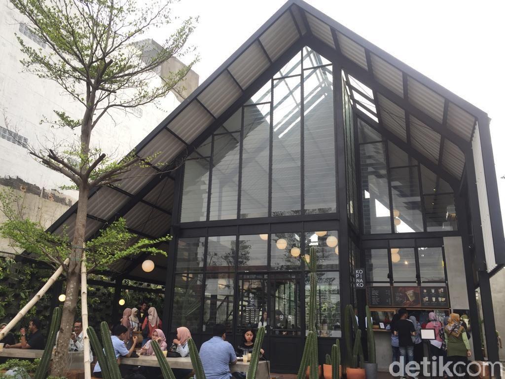 Makan Warteg dan Ngopi ala Kafe Kekinian di Depok