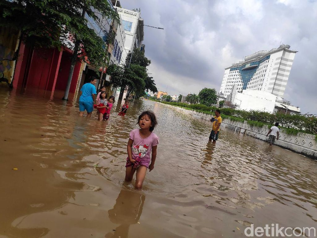 Antisipasi Banjir Jakarta-Bekasi, Angkasa Digarami