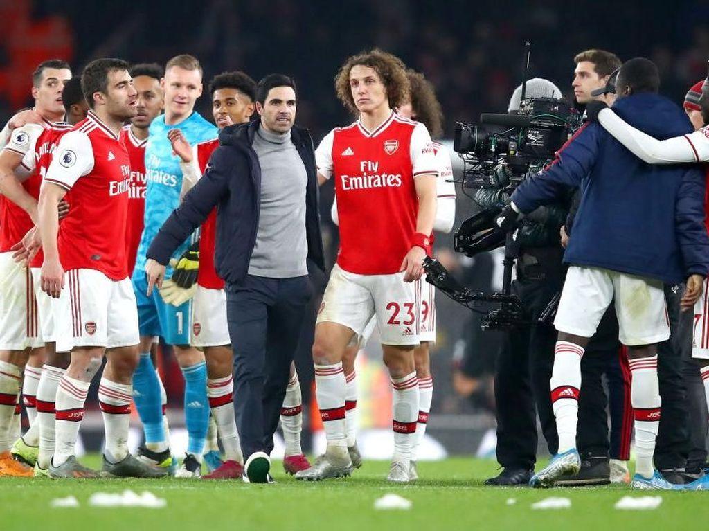 Ada Sindiran untuk Emery di Dalam Pujian David Luiz untuk Arteta