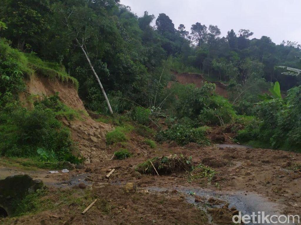 Penampakan Satu Kampung di Bogor yang Hilang Karena Longsor