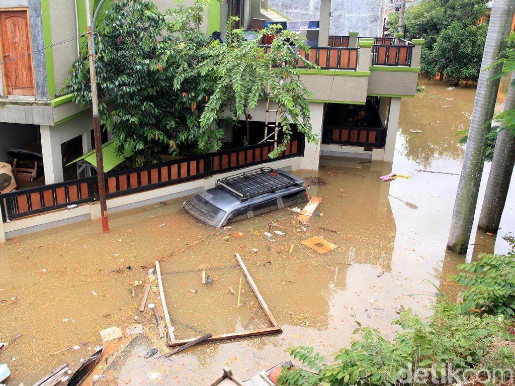 5 Orang Tewas Akibat Banjir Kota Bekasi: Terseret Arus-Tersengat Listrik