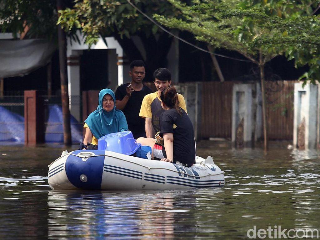 Banjir Bikin Layanan Telekomunikasi Terganggu