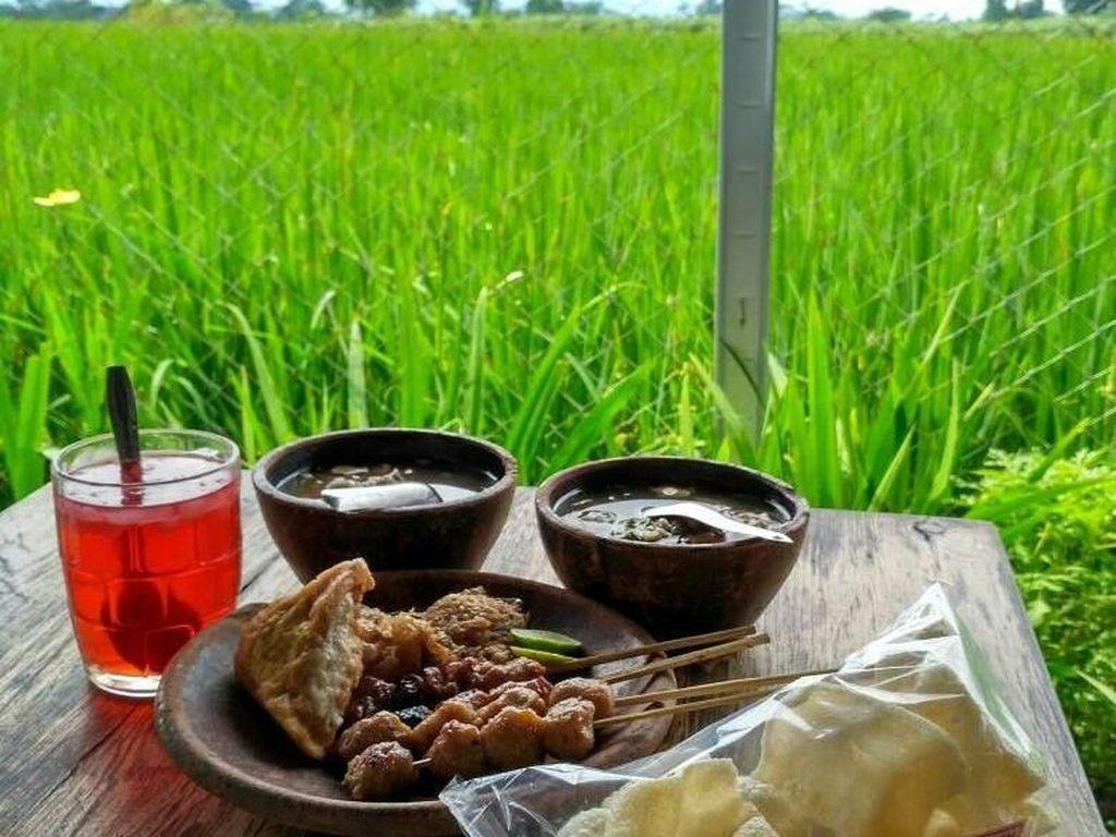 5 Tempat Makan di Jogja untuk Keluarga dengan Pemandangan Alam Cantik