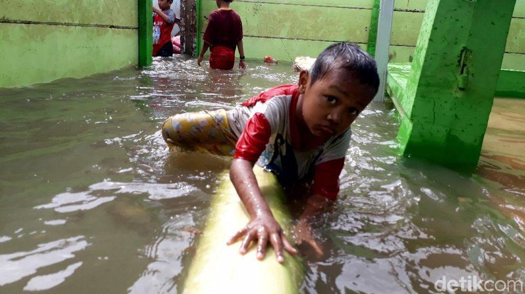 Kondisi Terkini Banjir di Kedoya Utara