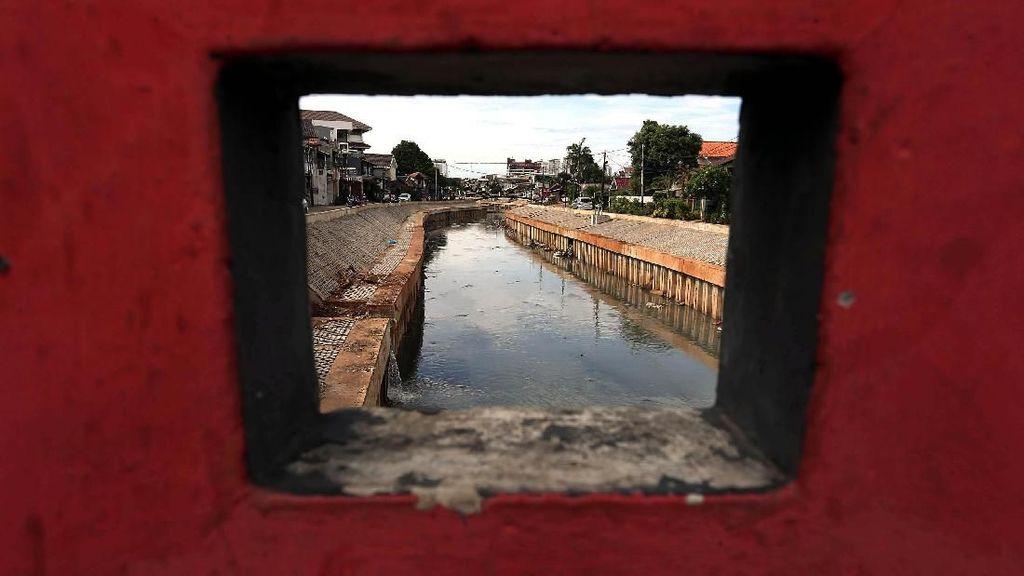 Melihat Lagi Proyek Normalisasi Sungai Era Jokowi-Ahok