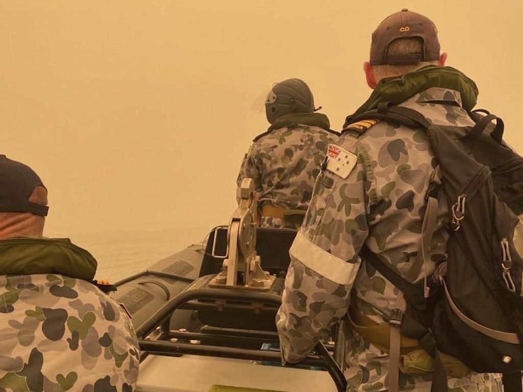 Militer Evakuasi 1.000 Orang yang Terjebak Kebakaran Hutan di Australia