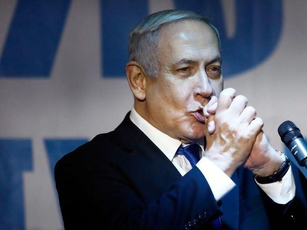 Hindari Pengadilan Korupsi, Netanyahu Tuntut Kekebalan Hukum Bagi Dirinya