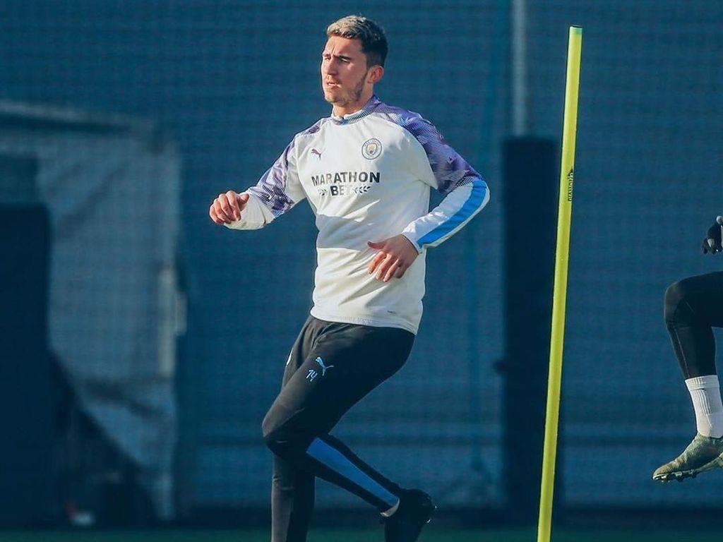Kembali Latihan Usai Cedera, Laporte Siap Dimainkan City?