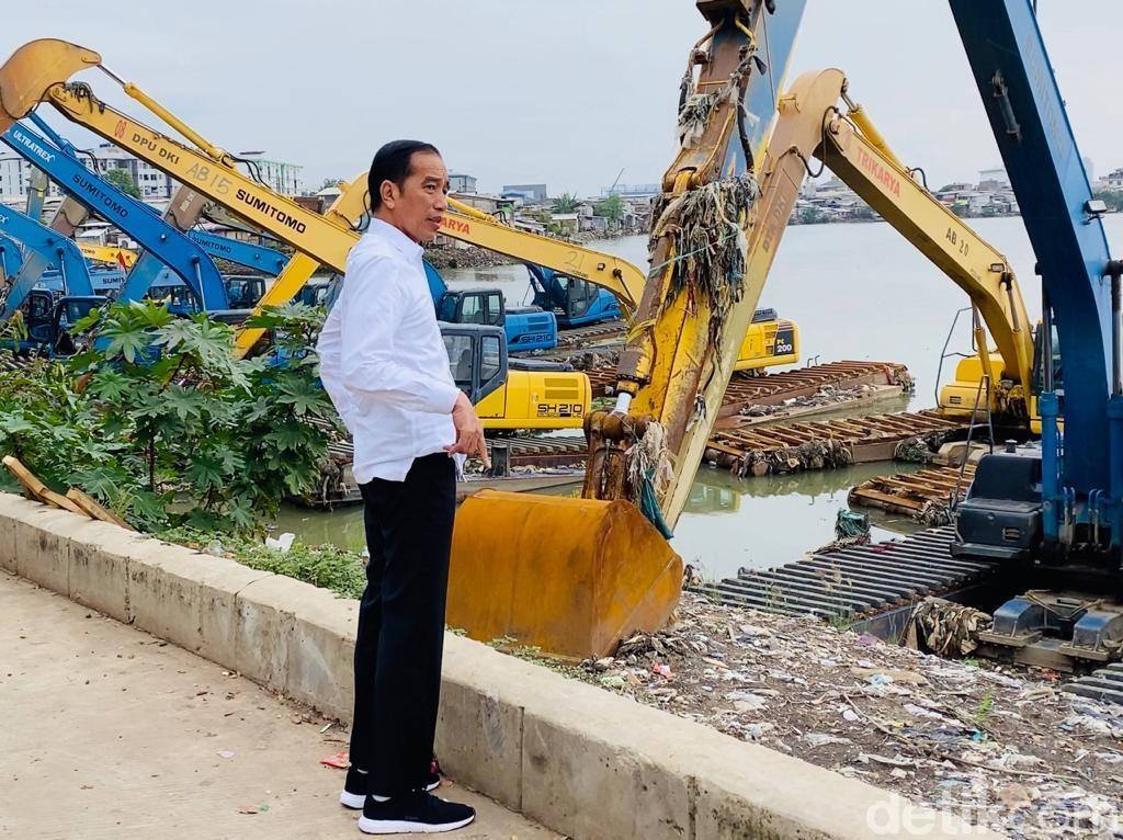 Ternyata Ini yang Bikin Jokowi Diam-diam ke Waduk Pluit