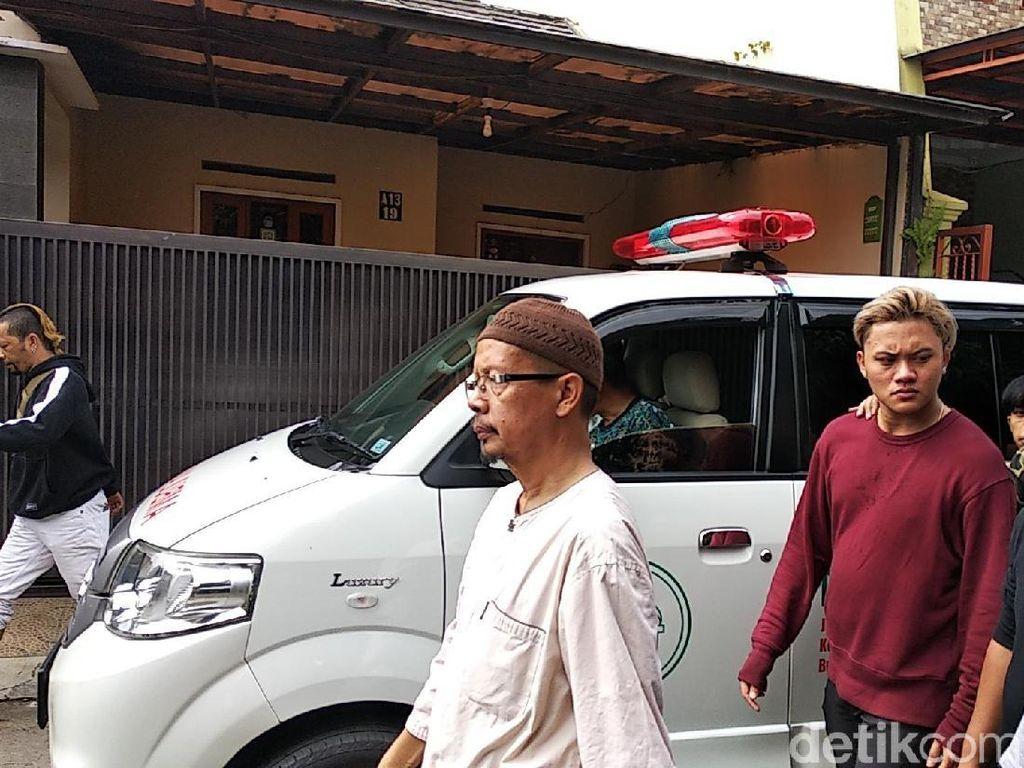 Lina Mantan Istri Sule Meninggal, Ini Tanda Serangan Jantung Pada Wanita
