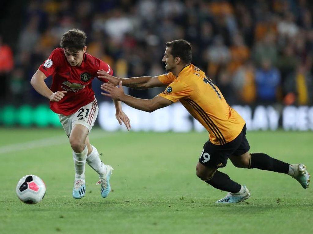 Man United Waspadai Serangan Balik Wolverhampton