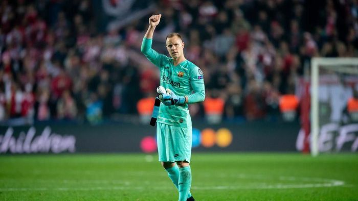 PRAGUE, CZECH REPUBLIC - OCTOBER 23: Marc-Andre ter Stegen of Barcelona reacts after the UEFA Champions League group F match between Slavia Praha and FC Barcelona at Sinobo Stadium on October 23, 2019 in Prague, Czech Republic. (Photo by Thomas Eisenhuth/Getty Images)