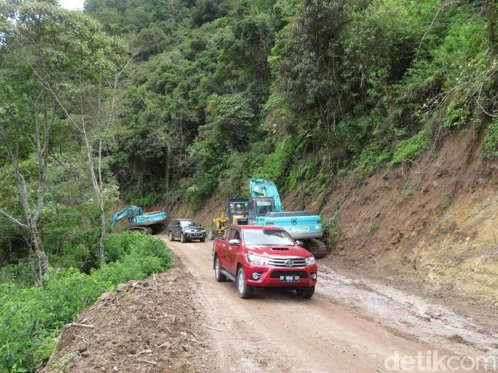 Menjajal Jalur ke Seko, Kecamatan di Sulsel yang 74 Tahun Terisolasi