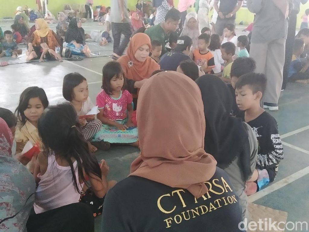 Dongeng Penghibur Anak Korban Banjir Lebak dari Tim CT ARSA Foundation