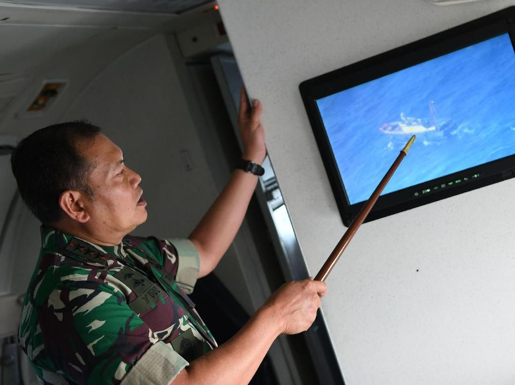 Kapal Nelayan China Masih Bertahan di Natuna, TNI Tambah Kekuatan