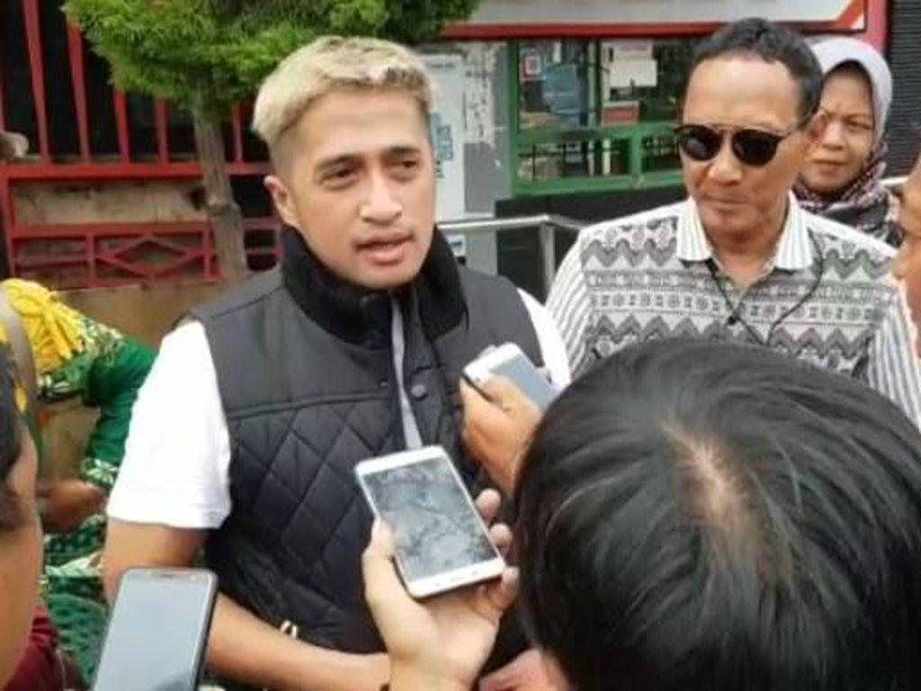 Selebriti Irfan Hakim Ikut Gotong-Royong di Umbul Ponggok