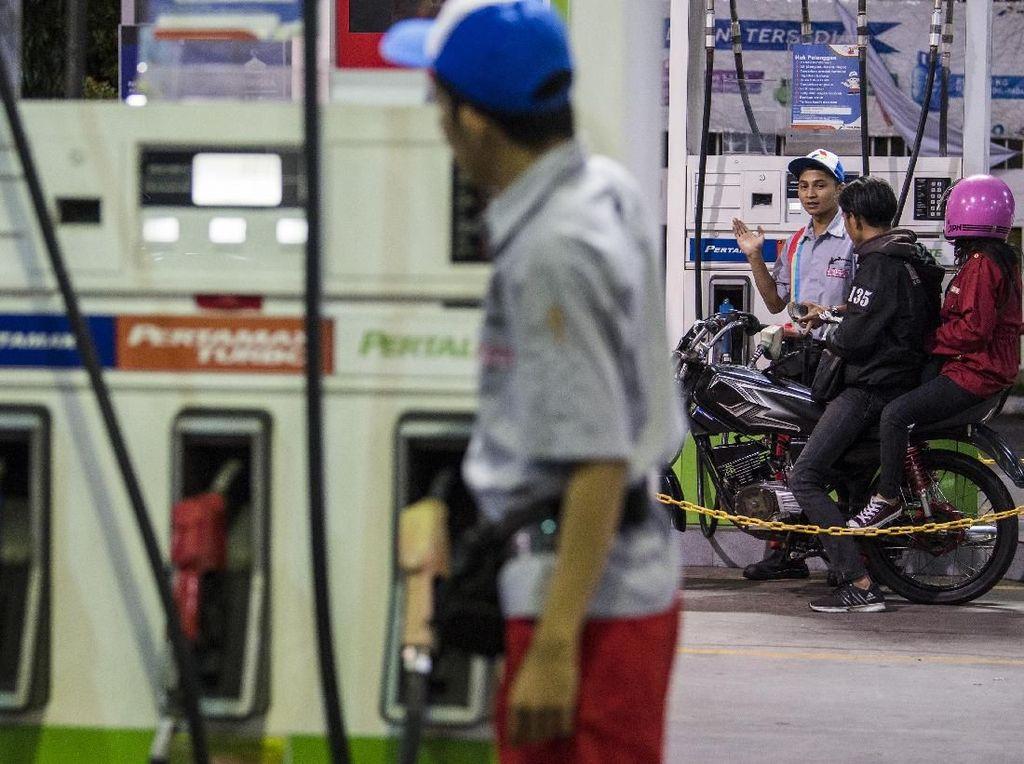 Harga BBM Tak Kunjung Turun, YLKI: Itu Penyakit Lama Pemerintah