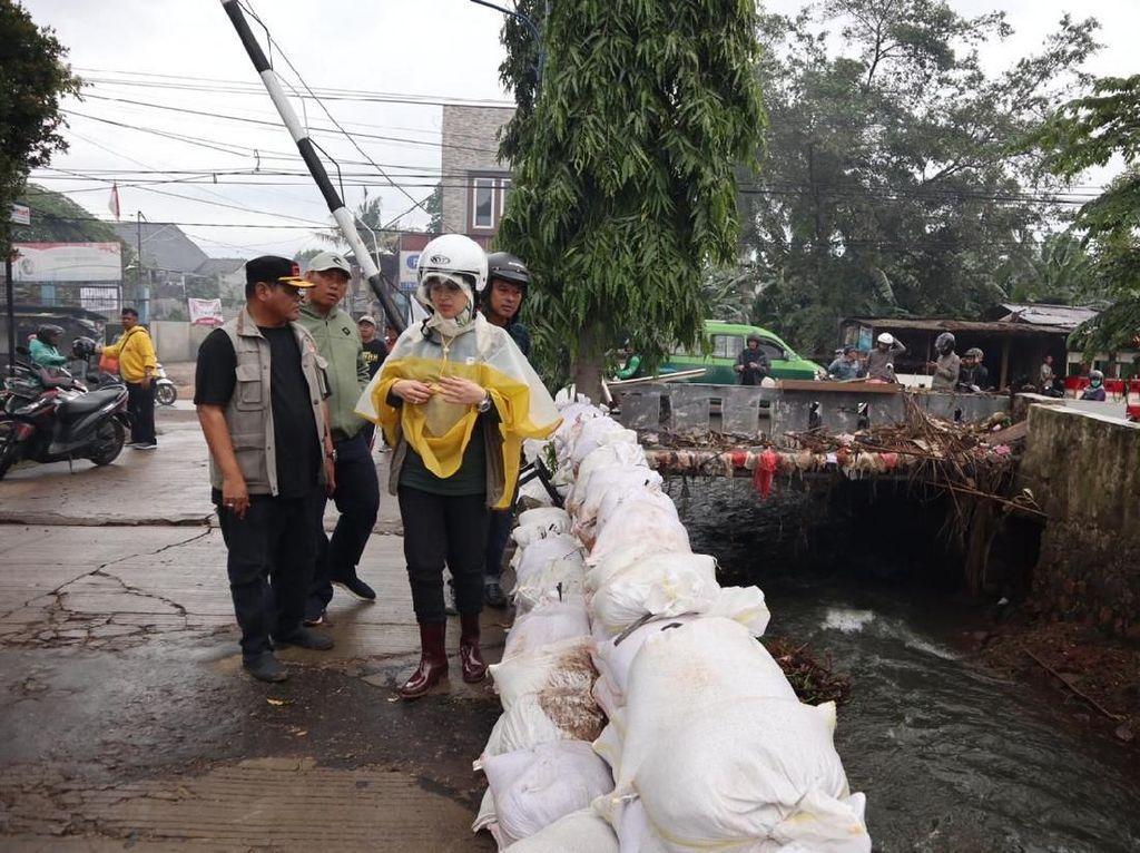 Antisipasi Banjir Lagi, Walkot Tangsel Tinjau 9 Lokasi Tanggul Jebol