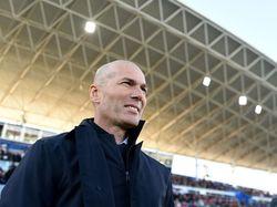 Zinedine Zidane Ikut Petisi Selamatkan Lapangan Futsal