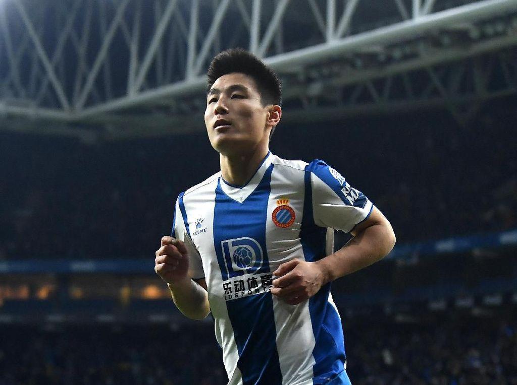 Gol Bersejarah Maradona-nya China ke Gawang Barcelona