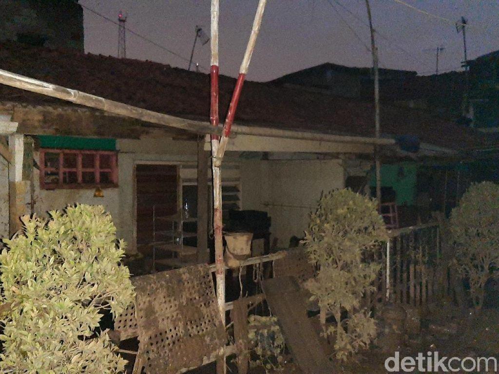 Bak Kota Mati, Rumah-rumah di Pengadegan Ditinggal Warga Mengungsi