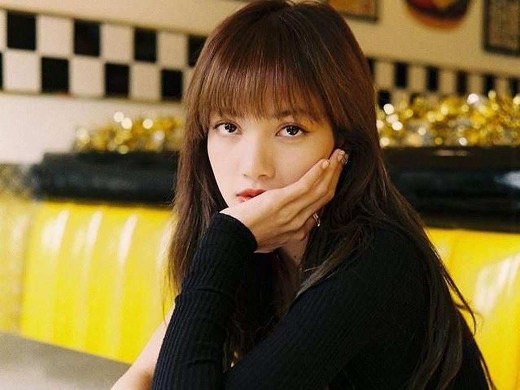Lisa Blackpink Alami Pelecehan Seksual Usai Jalani Pemotretan di Cafe