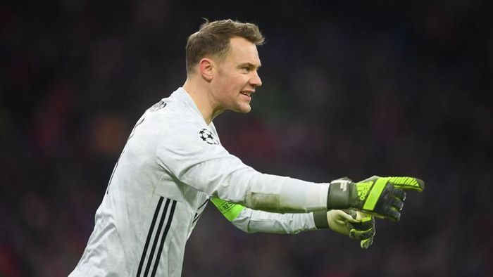 MUNICH, GERMANY - DECEMBER 11: Manuel Neuer of Bayern Munich looks on during the UEFA Champions League group B match between Bayern Muenchen and Tottenham Hotspur at Allianz Arena on December 11, 2019 in Munich, Germany. (Photo by Michael Regan/Getty Images)
