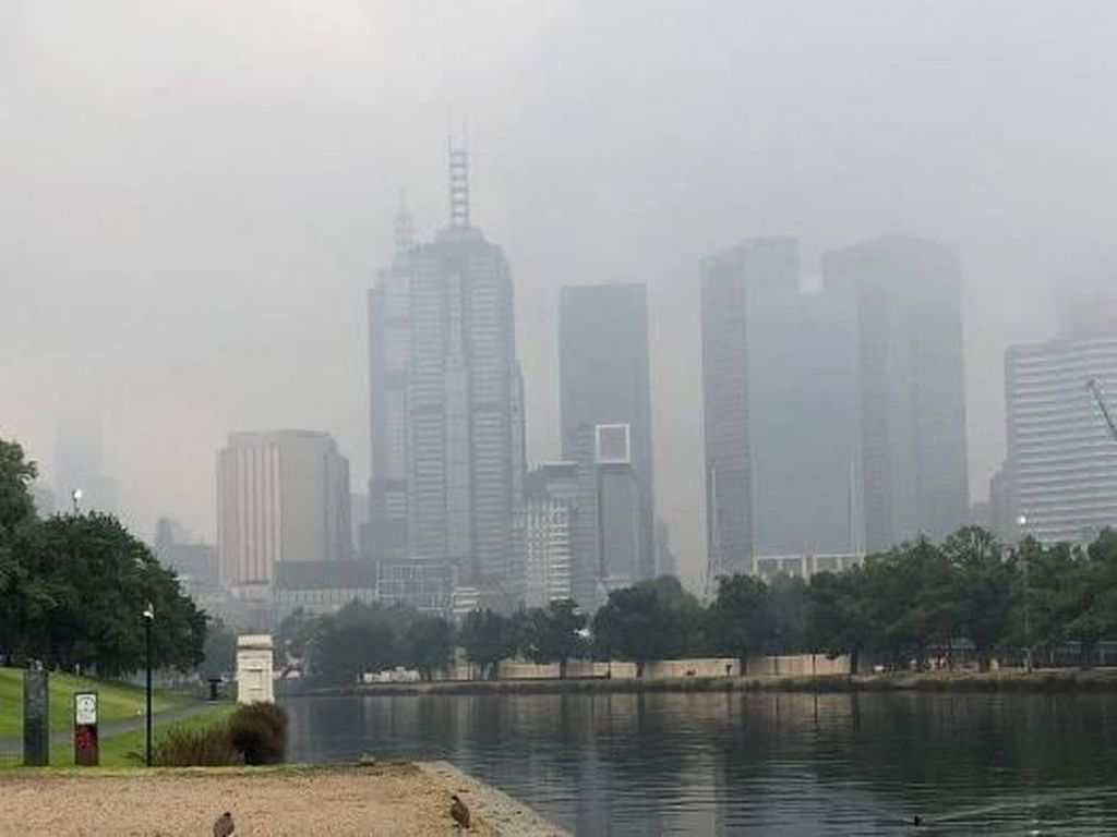 Kualitas Udara di Melbourne dan Geelong Memburuk Akibat Asap Kebakaran