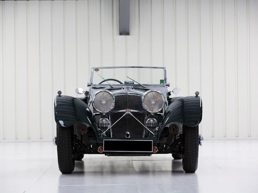 SS Jaguar 100 Klasik Ini Dilelang!