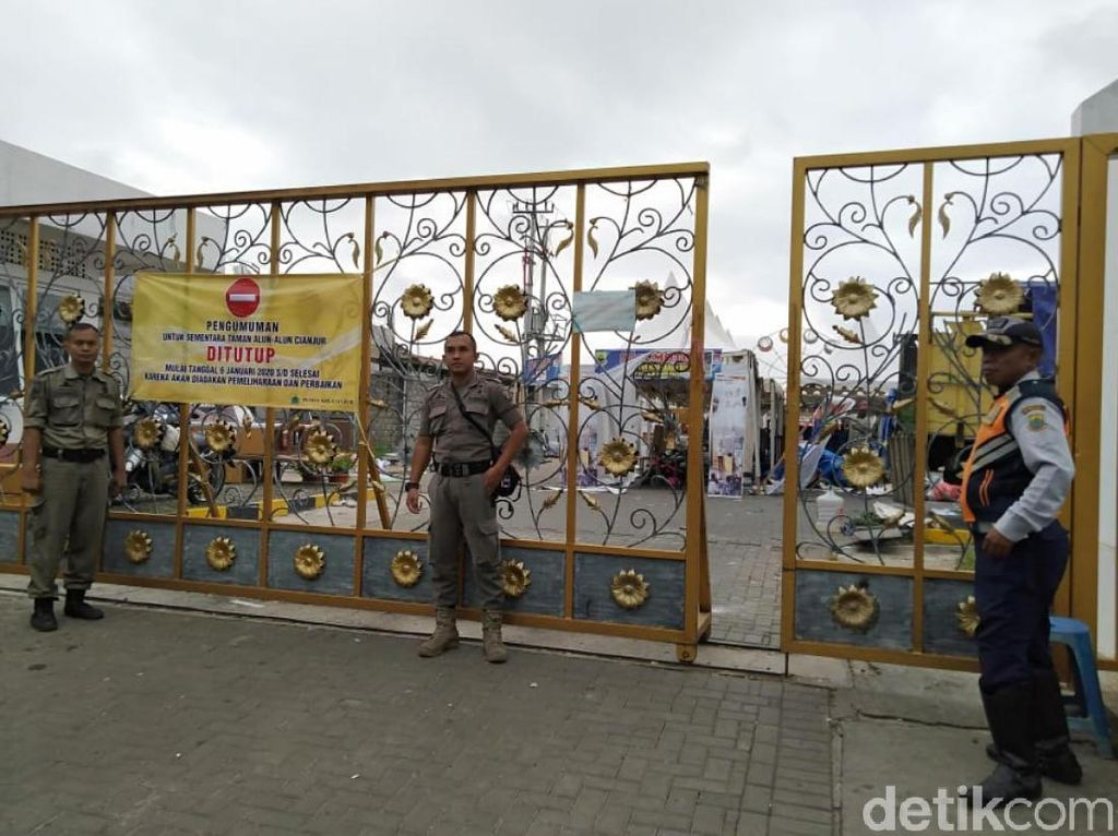 Duh Banyak Fasilitas Rusak, Alun-alun Cianjur Ditutup Sementara