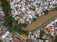 Potret Normalisasi Sungai di Jakarta yang Tak Capai Target