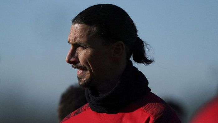 Zlatan Ibrahimovic trains in Carnago, near Milan, Italy, Saturday, Jan. 3, 2020.  The 38-year-old striker signed a deal with AC Milan until the end of the season with an option to extend for another year. (Spada/LaPresse via AP)